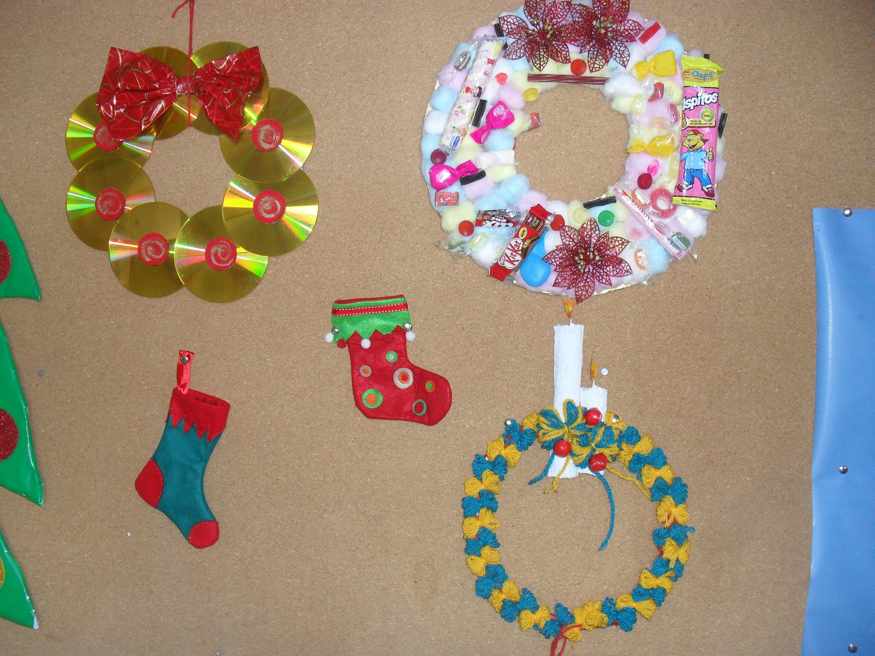 Adornos en material reciclable imagui - Adornos navidad reciclados para ninos ...